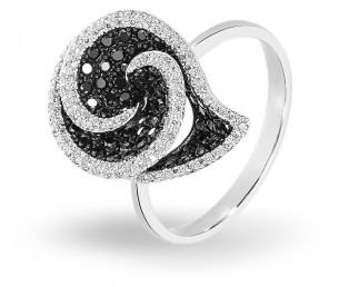 Кольцо с черным бриллиантом (012140)